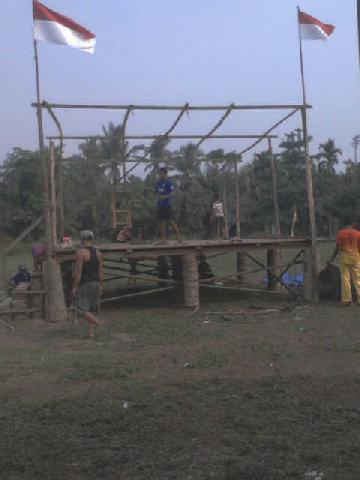 warga Dusun Jatimulya Goro Bangun Pentas