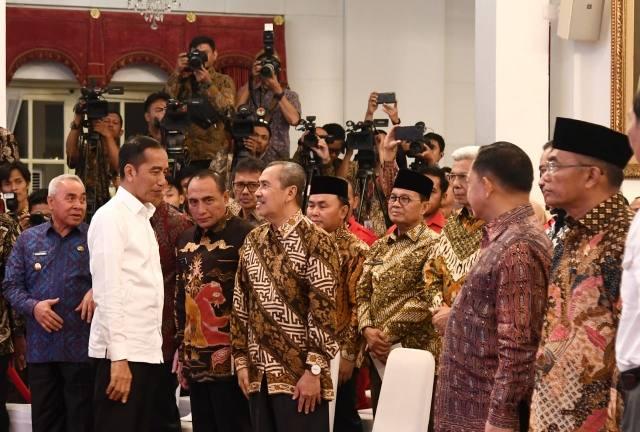 Jokowi Ancam Copot Pangdam hingga Kapolda Jika Karhutla Meluas