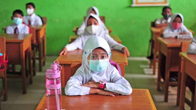 Disdik Ingatkan Sekolah yang Bandel Lebihkan Jam PTM Bakal Ditarik Izinnya