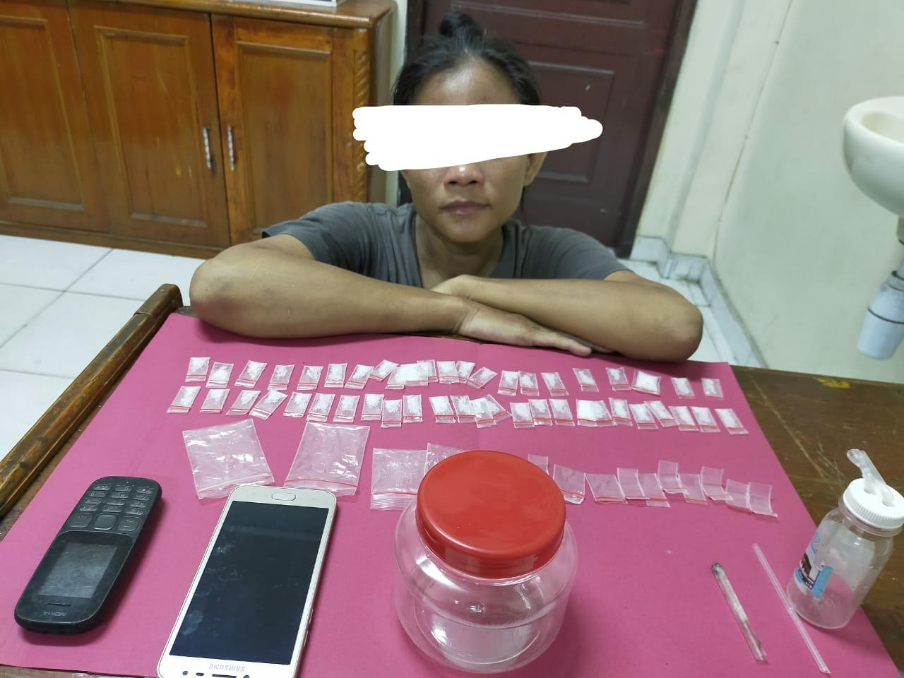 Seorang Wanita di Siak Ditangkap Gara-gara Miliki 47 Paket Sabu