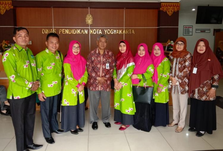 Forum Paud Kampar Stuban ke Paud Berprestasi Tingkat Nasional