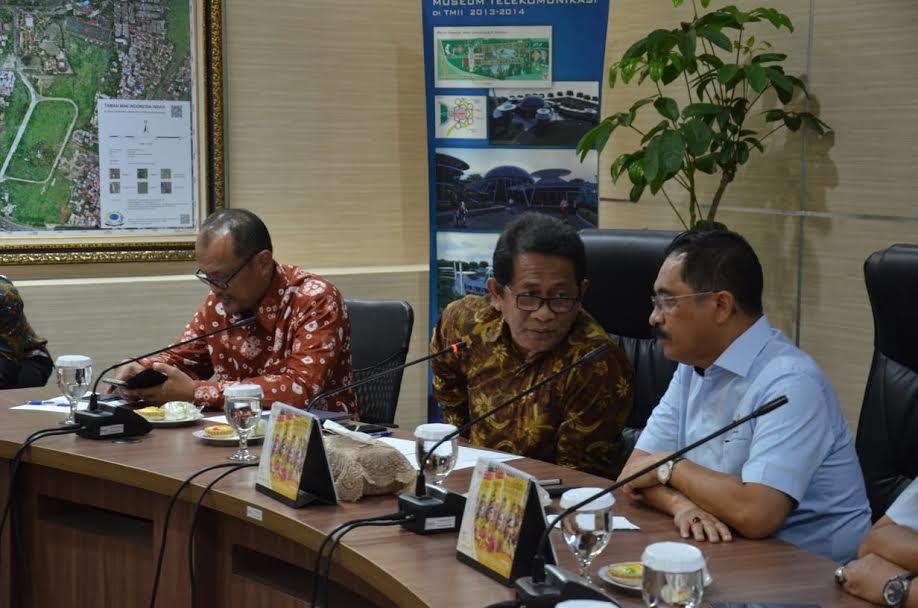 Sekda Bangun Sinergitas dengan Direksi TMII Kembangkan Anjungan Riau