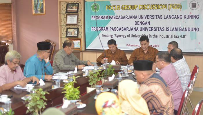Pascasarjana Unilak dan Unisba Gelar Focus Grup Discussion