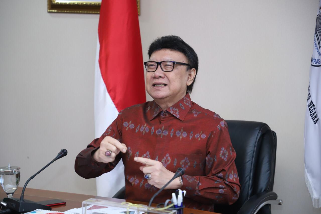 Menteri PANRB Minta Masyarakat Melaporkan ASN yang Mudik