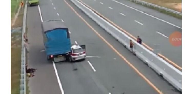 Lagi, Kecelakaan di Tol Permai, Minibus Tabrak Truk dari Belakang