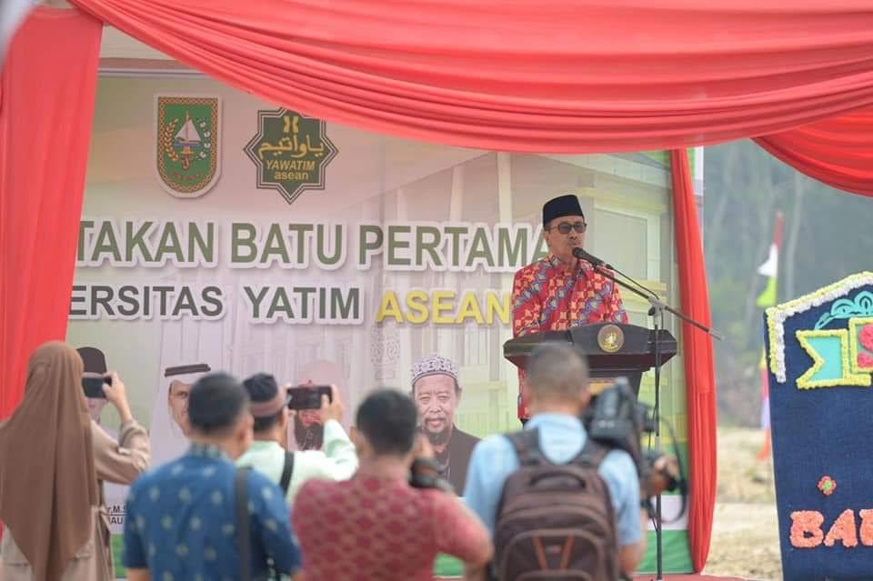 Gubri Syamsuar Wakafkan Rp50 Juta untuk Pembangunan Universitas Yatim Asean