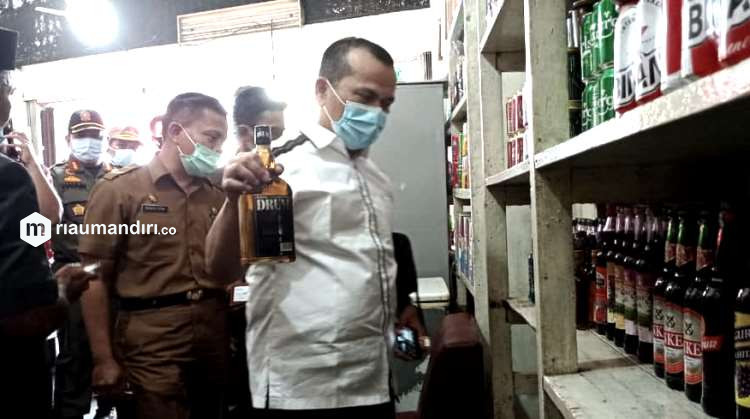 Dewan Segera Panggil Penyalur Miras di Pekanbaru