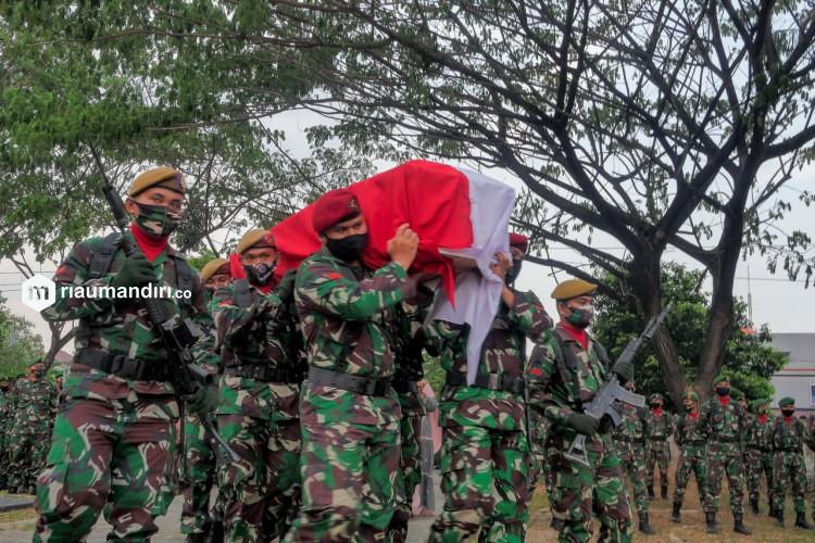 Anggota TNI Gugur Dalam Baku Tembak di Poso Warga Simpang Tiga Pekanbaru