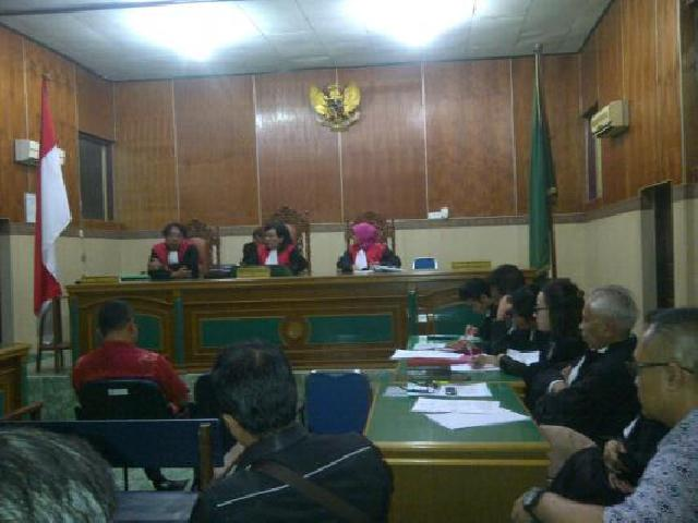 PN Padang Vonis Bebas Terdakwa Kasus Narkoba
