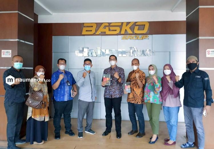Jasa Raharja Silaturahmi dengan Redaksi Haluan Riau