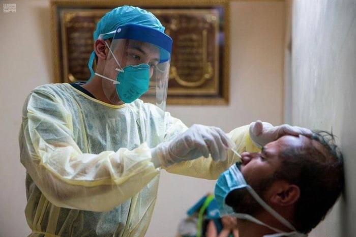 Jawa Barat Baru Tes Swab Corona 60 Ribu Warga dari 50 Juta Total Penduduk