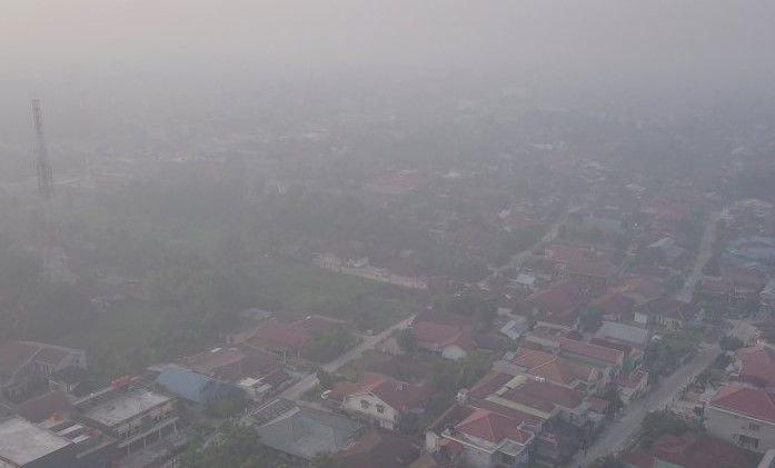 Tiga Daerah di Riau Diselimuti Kabut Asap