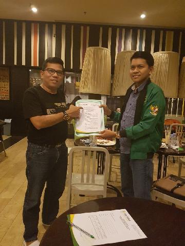 Fat Haryanto Serahkan Mandat Pertanu Riau ke Husaimi Hamidi