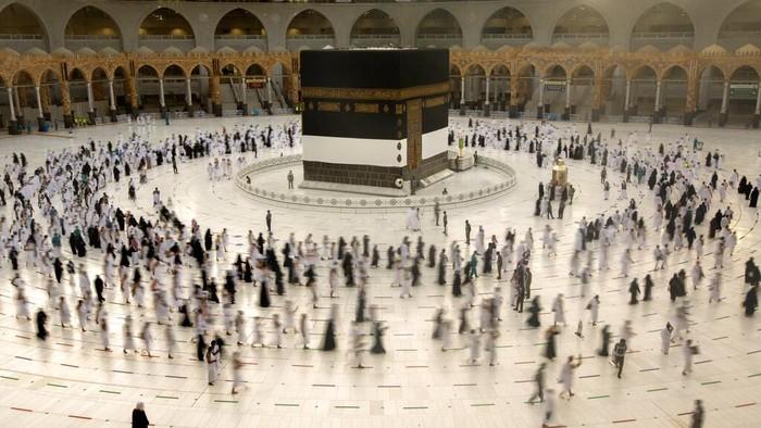 Jamaah Haji Wukuf di Arafah Hari Ini