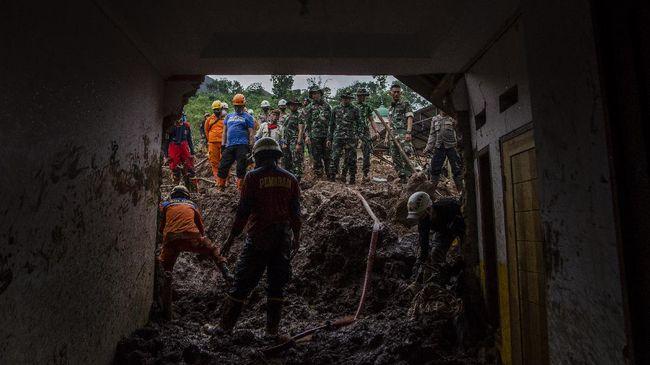 Ditemukan 15 Korban Longsor di Sumedang, 25 Lainnya Masih Hilang