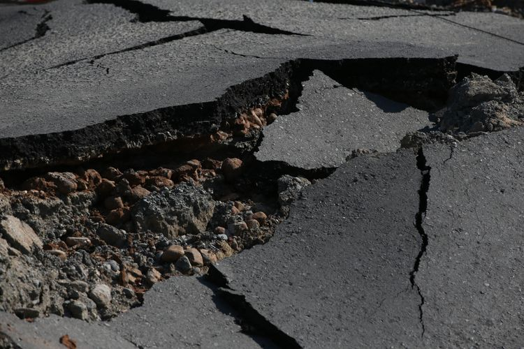 BREAKING NEWS: Gempa Terasa Kuat Guncang Jakarta