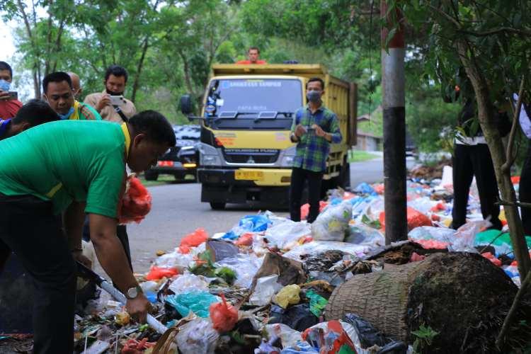 DPRD Pekanbaru Sebut Kinerja Dua Perusahaan Pengangkut Sampah tak Maksimal