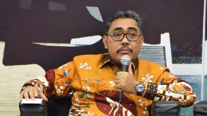MPR: Kalau Sanggup Bantu Kebutuhan Dasar Rakyat, Silakan Lanjutkan PPKM Level 4