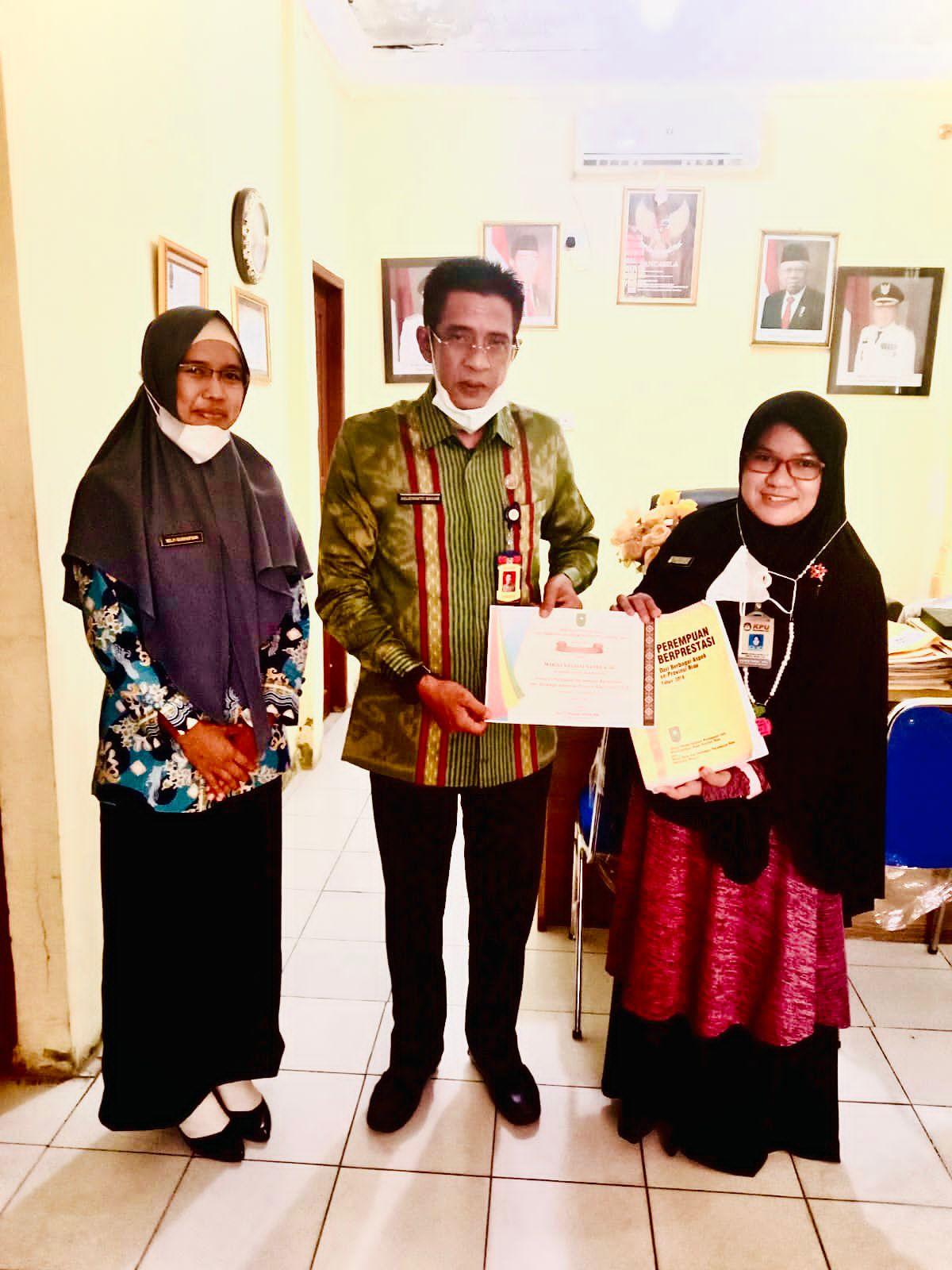 Marisa Natalia Natra Terpilih Jadi Salah Satu Perempuan Berprestasi se-Riau.
