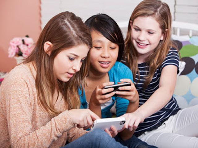 Teknologi Membuat Anak Jadi Bodoh