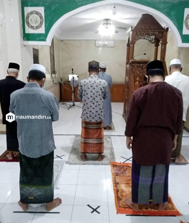Kasus Covid Masih Tinggi, Pemkab Siak Tidak Anjurkan Warga Salat Berjemaah di Masjid