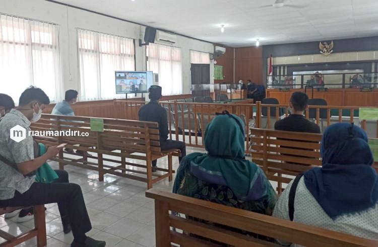 Mahasiswa yang Rusak Mobil Polisi Saat Demo Omnibuslaw Dihukum 6 Bulan Penjara