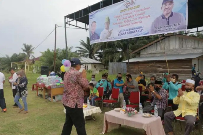 Disaksikan Bupati Alfedri, KPOTI Siak Gelar Turnamen Permainan Rakyat di Koto Gasib