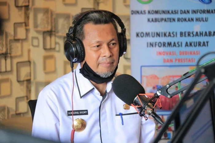 Di Riau, Plh Sekdaprov Orang Pertama yang Disuntik Vaksin Covid-19 Sinovac