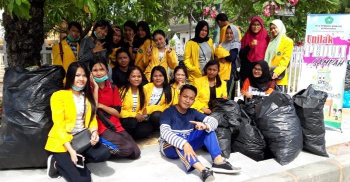 Begini Cara Mahasiswa Unilak Atasi Sampah di Area CFD