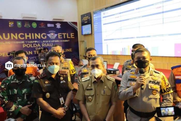 Selain E-TLE, Kapolda Riau Juga Resmikan Pelayanan Terpadu Berbasis Online