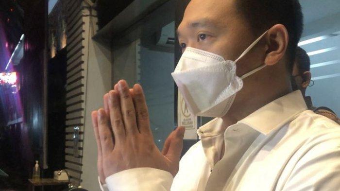 Ayah Michael Yukinobu Jatuh Sakit Gara-gara Kasus Video Porno Sang Anak