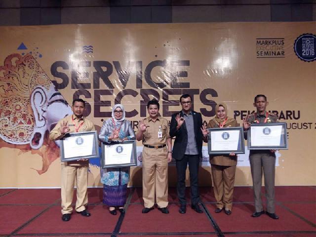 Pemko Raih Service Excellence Award 2016