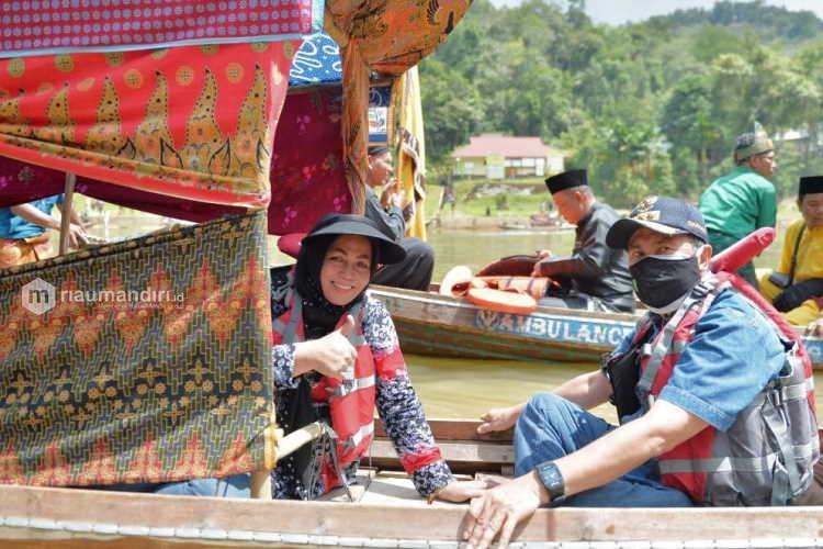 Gubernur Riau Hadiri Festival Subayang di Kampar