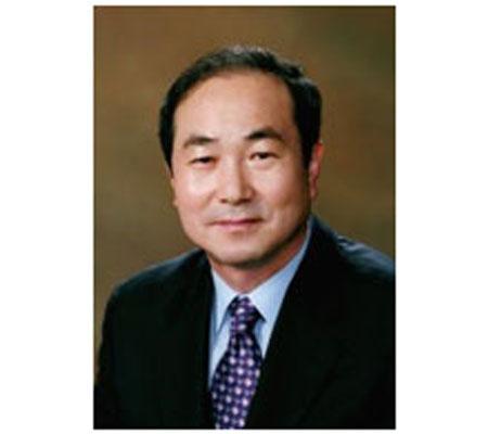 Profesor Korea Selatan Jadi Rektor Asing Pertama di Indonesia