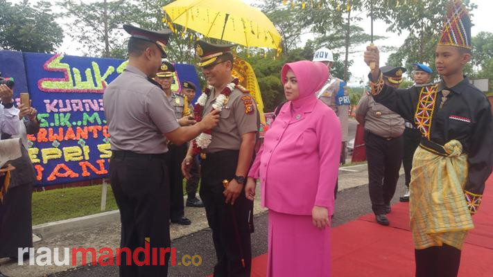 AKBP Hengky Poerwanto Resmi Pimpin Polres Kuansing