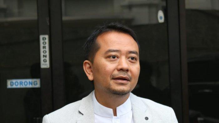 DPR: Pemaksaan Siswi Non-muslim Berjilbab di Padang Berlebihan