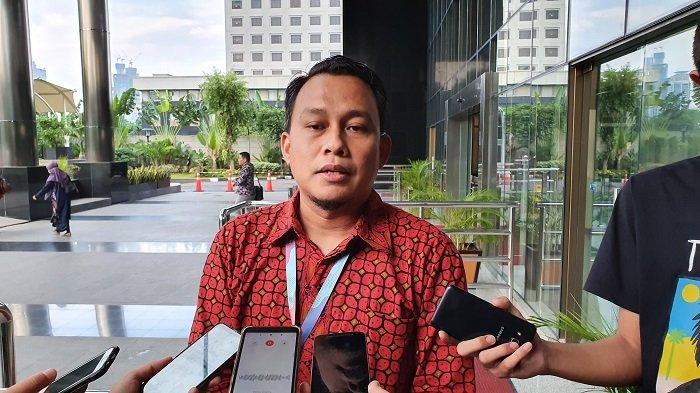 KPK Buru Mantan Sekretaris MA Nurhadi Hingga ke Rumah Mertuanya