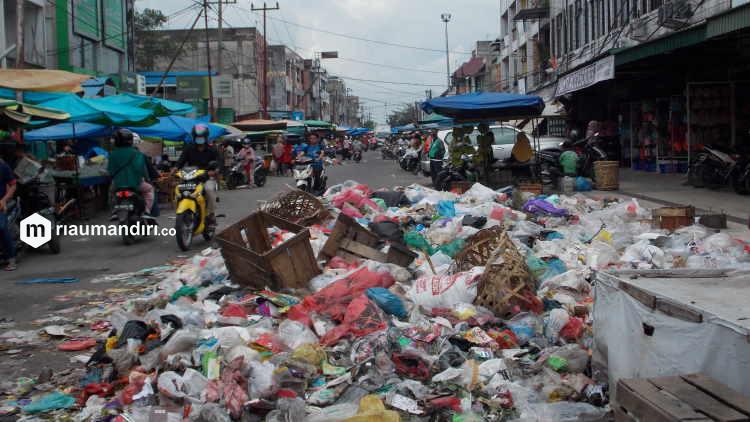 Tumpukan Sampah Dikhawatirkan Ganggu Kesehatan Masyarakat