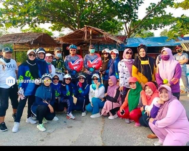 Bersama Kapolres Siak, Alfedri Gowes Keliling Kota Perawang