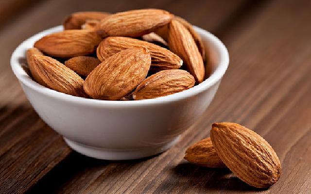 4 Manfaat Almond Bagi Kesehatan Otak