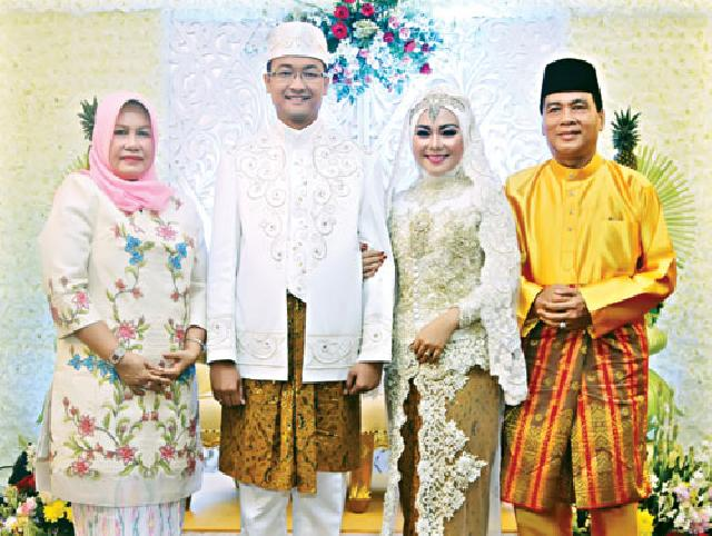 Bupati Achmad Jadi Saksi Pernikahan Putri Wakil Bupati Rohul