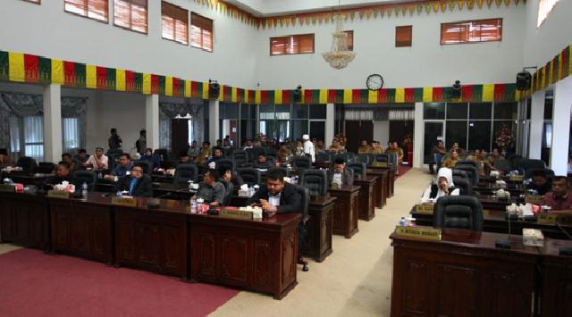 DPRD Rohul Gelar Paripurna Penyampaian Pemandangan Umum Fraksi Terhadap 3 Ranperda